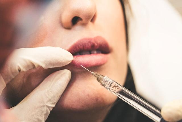 Zabiegi medycyny estetycznej na twarz